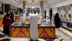 Saudi eliminates gender-segregated entrances for eateries