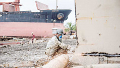 Ship-breaking industry: Minimum wage still a far cry