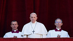 Pope defends migrants, calls for peace...