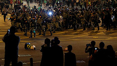 Police, protesters clash as Hong Kong celebrates Christmas