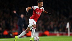 Aubameyang cools Arsenal exit...