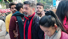 Actor Sushant Singh visits Jamia Millia Islamia to support anti-CAA protesters
