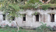 Dinajpur agri officers' quarters, seed storages abandoned for years