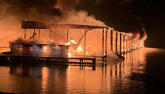 8 dead in US boat dock blaze