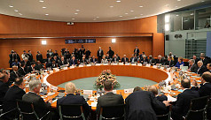 Foreign powers back Libya ceasefire...