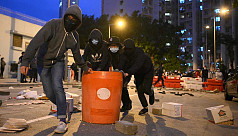 Hong Kong protesters torch planned quarantine building