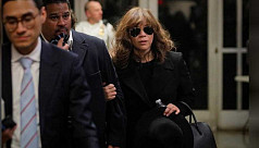 Actress Rosie Perez backs up Sciorra...