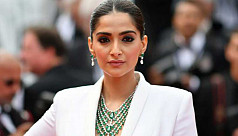 Sonam Kapoor slams Uber after scariest...