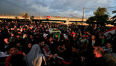 Two protesters killed as Iraqi police...