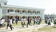 SSC examinees vandalize centre for not...