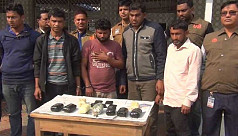 Five held with 25,000 yaba in Comilla