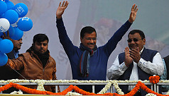 Kejriwal sworn in as Delhi chief minister...