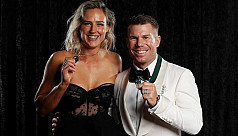 Warner, Perry take prizes at Australian Awards