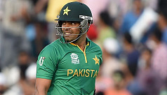 Pakistan suspend Umar Akmal under anti-corruption code