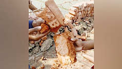 Locals stop use of substandard bricks in road construction