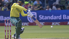 Australia fall short in second T20I...