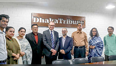 UK envoy visits Dhaka Tribune, emphasises media freedom