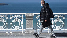 Spain overtakes China virus toll with...