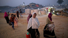 Women in Bangladesh promote hygiene in refugee camps amid coronavirus fears