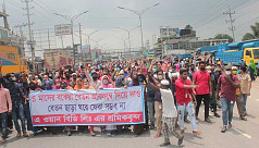 RMG workers continue protesting for due wages in Gazipur, Savar
