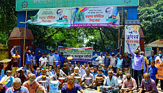Workers protest for relief and outstanding dues