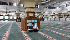 Asia's mosques deserted as coronavirus...