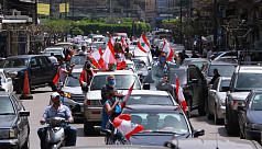 Lebanon MPs meet in hall as protesters stage car convoy