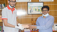 DU student donates money to relief fund...