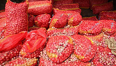 Onion prices still soaring high in Chittagong