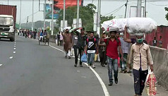 Thousands walking on Dhaka-Ctg Highway to reach native homes ahead of Eid