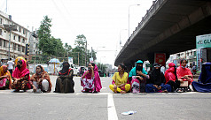 RMG workers continue protests for due wages in Dhaka, N'ganj
