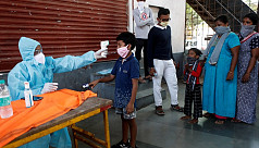 India's coronavirus cases cross 200,000, peak still weeks away