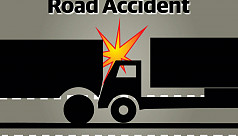 6 killed, 23 injured in bus-truck collisions...