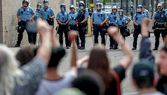 Looting erupts during Minneapolis protests over black man's killing by police