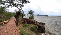 Cyclone Amphan: Embankments collapsed...