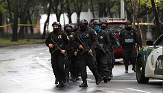 Mexico City police chief shot in assassination...