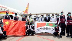Chinese Covid-19 medical team in...