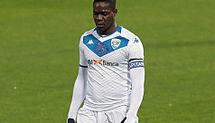 Italy coach Mancini disappointed Balotelli has no club