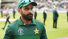 Hafeez tests positive again for Covid-19...