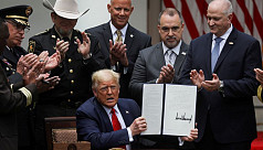 Trump signs order on police reform after...
