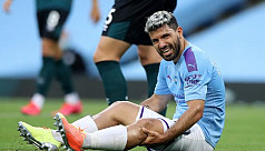 Aguero sent to Spain for check on knee injury