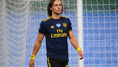 Luiz signs one-year extension at Arsenal