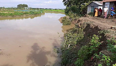 River erosion: Fear of displacement...