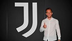 Juve-bound Arthur snubs Barca...