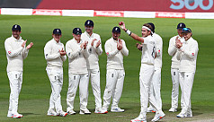Broad joins 500 club as England win series