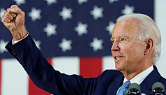 Biden pulls together hundreds of lawyers...