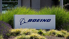 Boeing communications chief resigns...