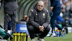 Bielsa confirms he is staying at Leeds...