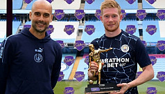 Guardiola hails City's De Bruyne as...