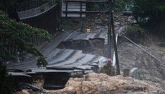 50 dead in Japan floods as rescuers...